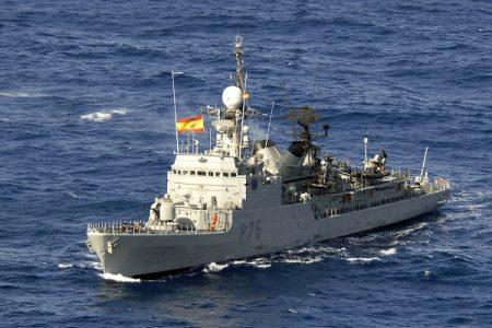 El buque Infanta Elena se dirige al Golfo de Guinea
