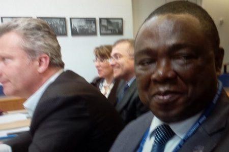 Ponciano Mbomio se encuentra en Portugal para dar una conferencia sobre D.H