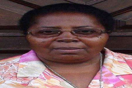 El Gobierno emite un comunicado sin dar explicaciones sobre las Guineanas