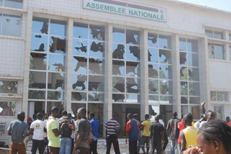 ALERTA: Blaise Campaoré podría haber escapado del Palacio Presidencial