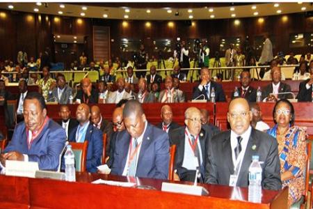 ¿CUÁL ES EL ORDEN CONSTITUCIONAL Y LA LEGALIDAD VIGENTE EN GUINEA ECUATORIAL SOCAVADOS POR LA OPOSICIÓN AL ABANDONAR LA MESA DE DN?