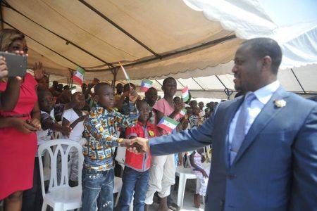 Teodoro Nguema Obiang dona 100 mil juguetes a la Asamblea Nacional de Costa de Marfil
