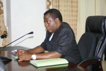 Filiberto Ntutumu Nguema Nchama nuevo Rector Magnifico de la UNGE