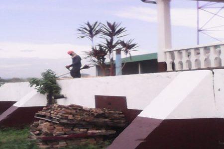 Los empleados de FUMIGAM S.L propiedad de Chele paralizan los trabajos