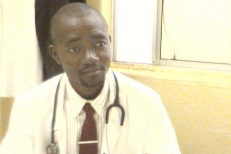 """Job Obiang Nguema """"si vuelven a quejarse les expulsare de su puesto de trabajo"""""""