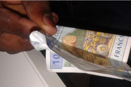 Alerta: Están pagando las nóminas de funcionarios con dinero falsificado
