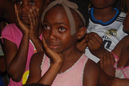 Históricas imágenes de niños rebolanos manifestándose contra el cierre del CCR