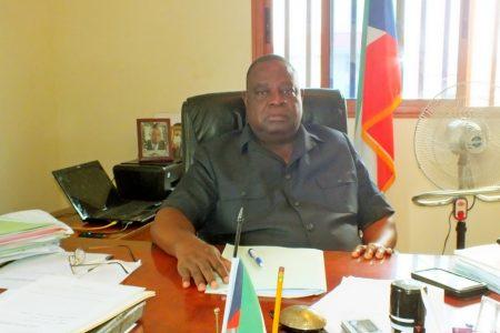 Investigan al Alcalde de Bata por un presunto delito de desvió de fondos del Ayuntamiento
