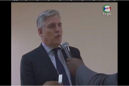 """El Embajador Francés Christian Bader al Ministro Mba Mokuy """"la justicia francesa es independiente y sigue su curso"""""""