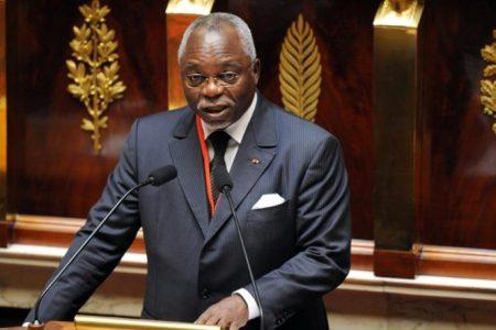 Dimite presidente de Asamblea Nacional de Gabón