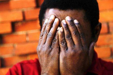 Un opositor guineano lleva 8 años con su petición 'congelada'