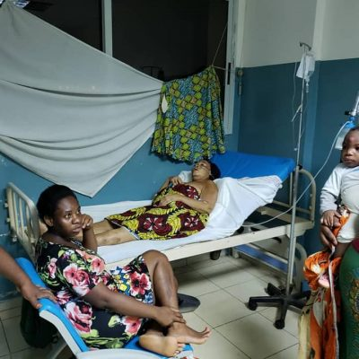 Pide ayuda en las redes para conseguir un oxígeno para su madre ingresada en Loeri Comba